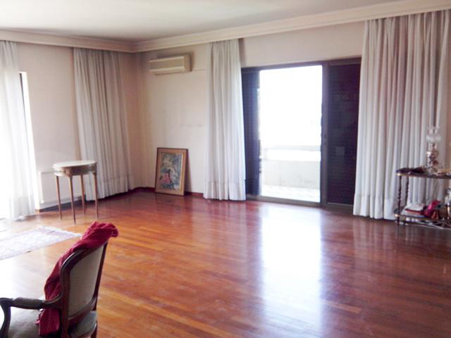 希腊雅典市中心北独栋七层公寓楼12.5万欧起