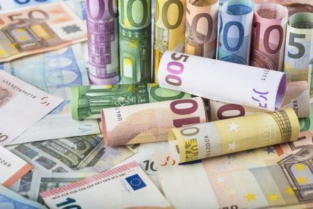 希腊移民政策吸金20亿欧,2020年80%申请或来自中国