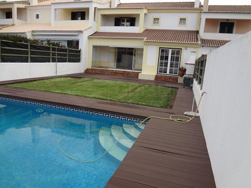 葡萄牙里斯本46万欧双拼别墅超大私人泳池
