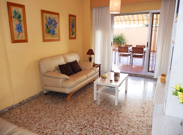 西班牙阿利坎特区域中心三居精装公寓